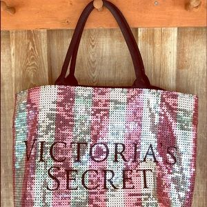 VICTORIA SECRET LARGE SEQUENCE TOTE BAG